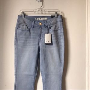 Seven7 NWT Pale Blue Ankle Crop Skinny Jeans AG